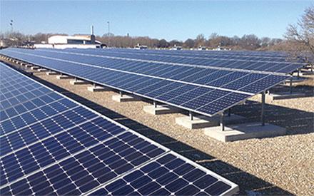 solcelleanlæg på terræn